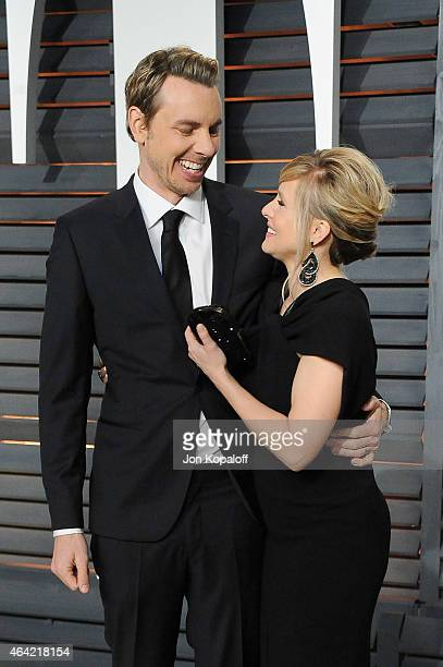 Actors Dax Shepard and Kristen Bell attend the 2015 Vanity Fair Oscar Party hosted by Graydon Carter at Wallis Annenberg Center for the Performing...