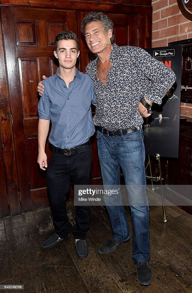 Actors Devon Bagby (L) and <a gi-track='captionPersonalityLinkClicked' href=/galleries/search?phrase=Steven+Bauer&family=editorial&specificpeople=220736 ng-click='$event.stopPropagation()'>Steven Bauer</a> attend a viewing party for Showtime's 'Ray Donovan' at O'Brien's Irish Pub on June 26, 2016 in Santa Monica, California.