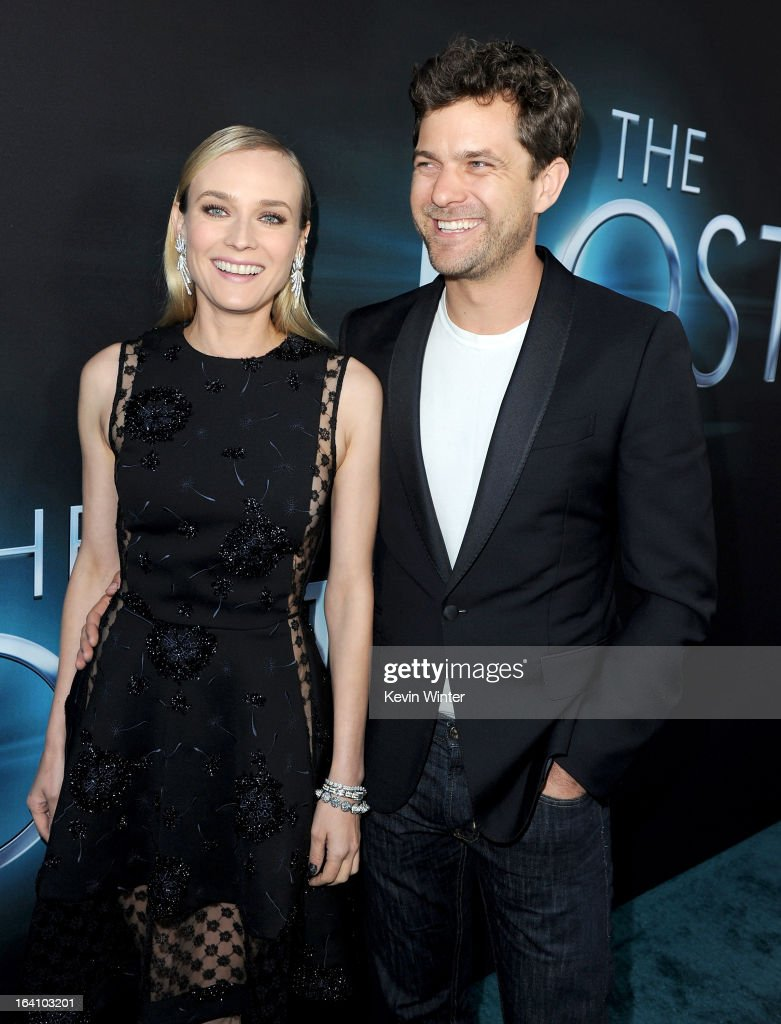 Actors Diane Kruger (L) and Joshua Jackson attend the premiere of Open Road Films 'The Host' at ArcLight Cinemas Cinerama Dome on March 19, 2013 in Hollywood, California.