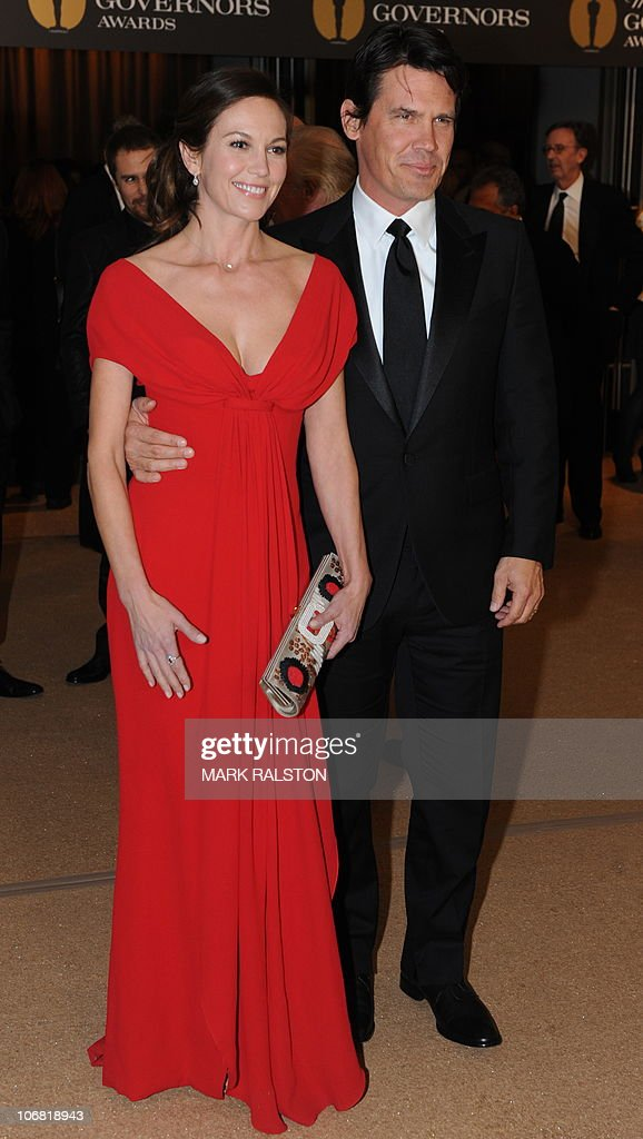 Actors Diane Lane and Josh Brolin arrive on the red carpet for the 2010 Oscars Governors Awards at the Hollywood and Highland Center in Hollywood on November 13, 2010. AFP PHOTO/Mark RALSTON