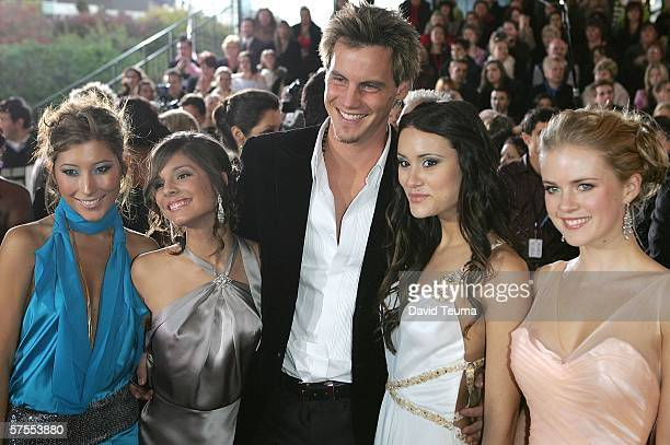 Actors Dichen Lachman Caitlin StaseyDan O'Connor Natalie Blair and Pippa Black pose as they arrive for the 2006 TV Week Logie Awards at the Crown...