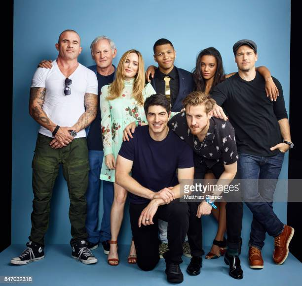 Actors Dominic Purcell Victor Garber Caity Lotz Brandon Routh Franz Drameh Arthur Darvill Maisie RichardsonSellers and Nick Zano from 'DC's Legends...