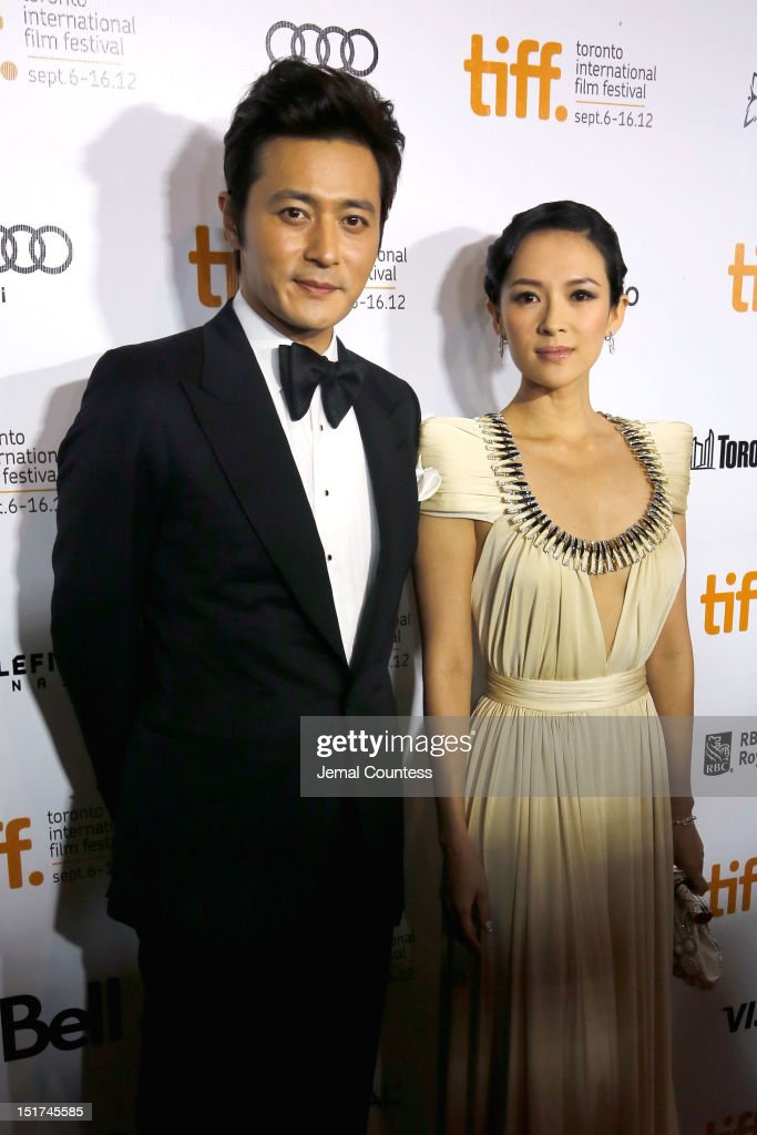 Actors Dong-gun Jang (L) and <a gi-track='captionPersonalityLinkClicked' href=/galleries/search?phrase=Ziyi+Zhang&family=editorial&specificpeople=172013 ng-click='$event.stopPropagation()'>Ziyi Zhang</a> arrives at the 'Dangerous Liaisons' Premiere during the 2012 Toronto International Film Festival at Roy Thomson Hall on September 10, 2012 in Toronto, Canada.