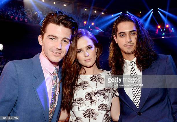 Actors Drake Bell Zoey Deutch and Avan Jogia attend Nickelodeon's 27th Annual Kids' Choice Awards held at USC Galen Center on March 29 2014 in Los...