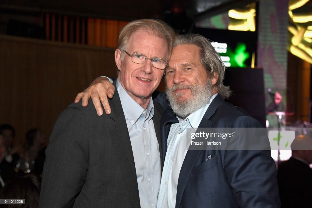 Actors Ed Begley Jr. and Jeff Bridges attend the 14th Annual Global Green Pre Oscar Party at TAO Hollywood on February 22, 2017 in Los Angeles, California.