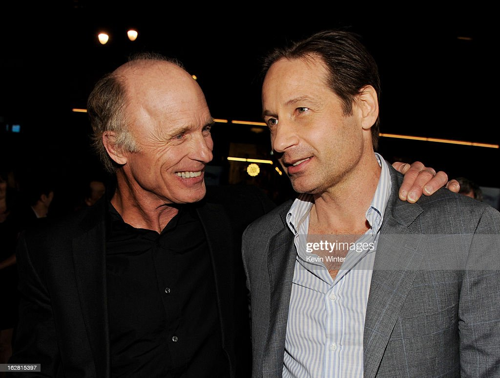 Actors <a gi-track='captionPersonalityLinkClicked' href=/galleries/search?phrase=Ed+Harris&family=editorial&specificpeople=215262 ng-click='$event.stopPropagation()'>Ed Harris</a> (L) and <a gi-track='captionPersonalityLinkClicked' href=/galleries/search?phrase=David+Duchovny&family=editorial&specificpeople=201628 ng-click='$event.stopPropagation()'>David Duchovny</a> arrive at the premiere of 'Phantom' at the Chinese Theater on February 27, 2013 in Los Angeles, California.