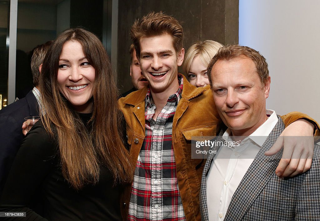 Actors Eleanor Matsuura, <a gi-track='captionPersonalityLinkClicked' href=/galleries/search?phrase=Andrew+Garfield&family=editorial&specificpeople=4047840 ng-click='$event.stopPropagation()'>Andrew Garfield</a>, <a gi-track='captionPersonalityLinkClicked' href=/galleries/search?phrase=Emma+Stone&family=editorial&specificpeople=672023 ng-click='$event.stopPropagation()'>Emma Stone</a> (back 2nd R) and Neil Stuke attend the Opening Night Of The US Premiere Of 'BULL At Brits' Off Broadway After Party at 59E59 Theaters on May 2, 2013 in New York City.