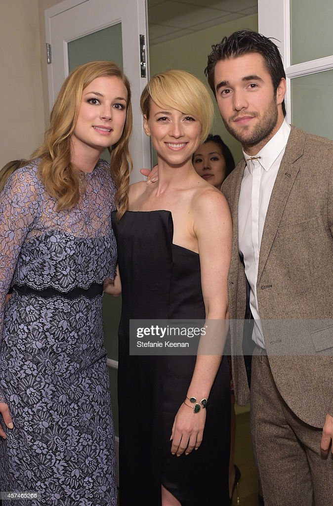 Actors Emily VanCamp Karine Vanasse and Joshua Bowman attend the 24th Annual Environmental Media Awards presented by Toyota and Lexus at Warner Bros...