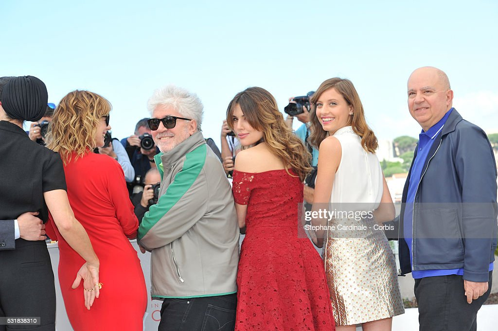Actors Emma Suarez director Pedro Almodovar actresses Adriana Ugarte Michelle Jenner and producer Agustin Almodovar attend the 'Julieta' photocall...