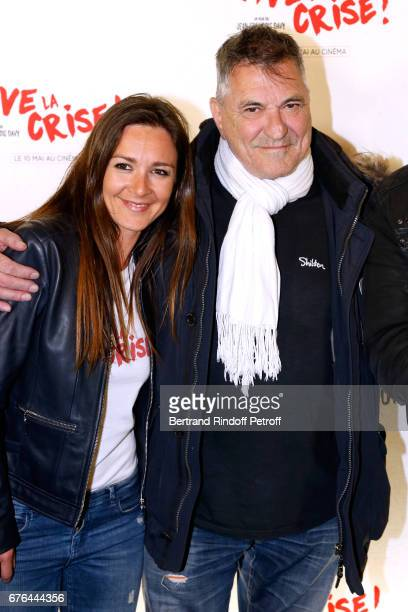 Actors Emmanuelle Boidron and JeanMarie Bigard attend the 'Vive la Crise' Paris Premiere at Cinema Max Linder on May 2 2017 in Paris France