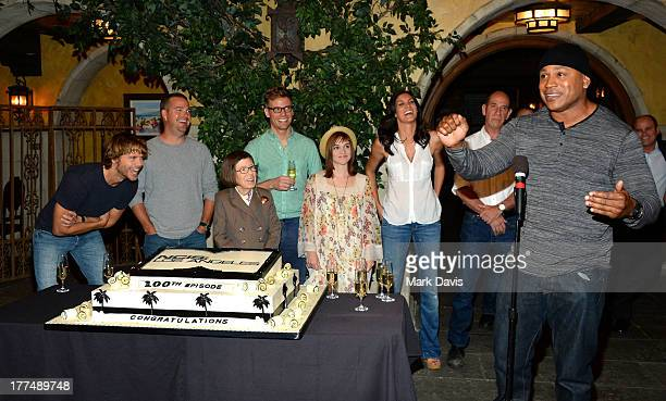 Actors Eric Christian Olsen Chris O'Donnell Linda Hunt Barrett Foa Renee Felice Smith Daniela Ruah Miguel Ferrer and LL Cool J attend the CBS' 'NCIS...