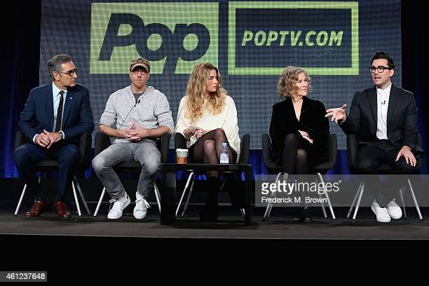 Actors Eugene Levy Chris Elliott Annie Murphy Catherine O'Hara and Dan Levy speak onstage during the 'Schitt's Creek' panel at the Pop Network...