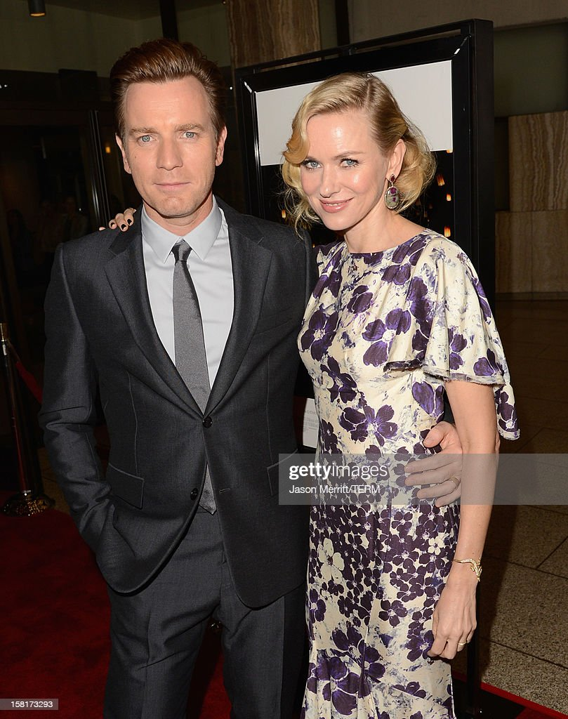 Actors <a gi-track='captionPersonalityLinkClicked' href=/galleries/search?phrase=Ewan+McGregor&family=editorial&specificpeople=202863 ng-click='$event.stopPropagation()'>Ewan McGregor</a> (L) and <a gi-track='captionPersonalityLinkClicked' href=/galleries/search?phrase=Naomi+Watts&family=editorial&specificpeople=171723 ng-click='$event.stopPropagation()'>Naomi Watts</a> attend the Los Angeles premiere of Summit Entertainment's 'The Impossible' at ArcLight Cinemas Cinerama Dome on December 10, 2012 in Hollywood, California.