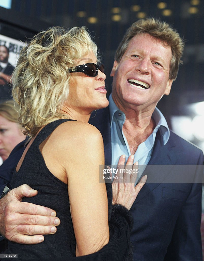 Actors Farrah Fawcett L And Ryan O 39 Neal Arrive At The