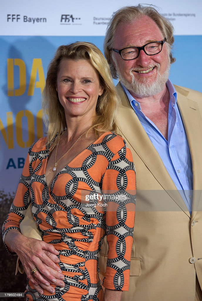 Actors Felix von Manteuffel and Leslie Malton pose at the 'Da geht noch was' Germany premiere at Mathaeser on September 4, 2013 in Munich, Germany.
