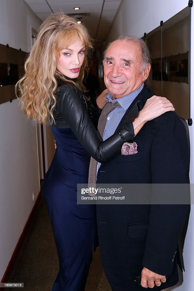 Actors from short program 'Y'a pas d'age' on France 2 TV chanel <a gi-track='captionPersonalityLinkClicked' href=/galleries/search?phrase=Arielle+Dombasle&family=editorial&specificpeople=616903 ng-click='$event.stopPropagation()'>Arielle Dombasle</a> and Claude Brasseur attend 'Vivement Dimanche' French TV Show at Pavillon Gabriel on September 18, 2013 in Paris, France.