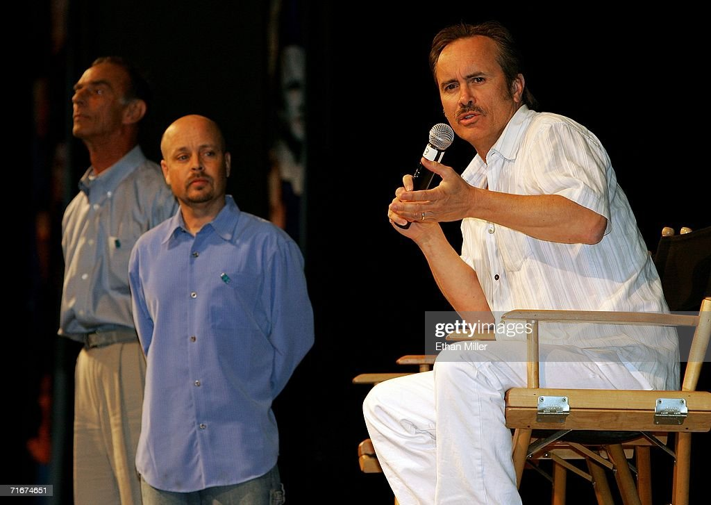 Actors from 'Star Trek: Deep Space Nine' (L-R) Marc Alaimo, Aron Eisenberg, and Jeffrey Combs, talk at the fifth annual official Star Trek convention at the Las Vegas Hilton August 18, 2006 in Las Vegas, Nevada.