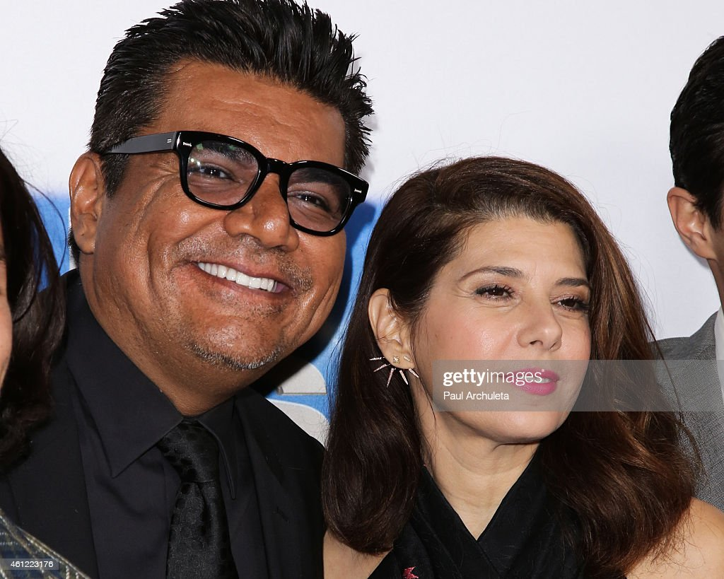 Actors George Lopez (L) and Marisa Tomei (R) attend the premiere of - actors-george-lopez-and-marisa-tomei-attend-the-premiere-of-spare-at-picture-id461223176
