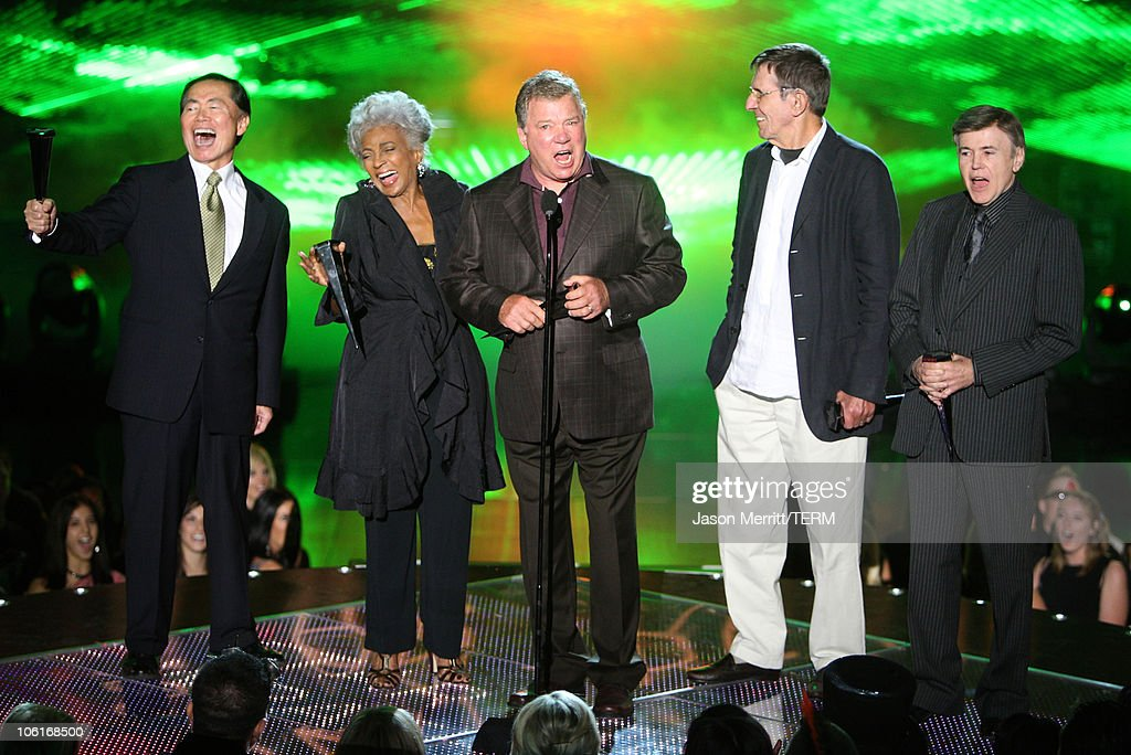 Actors George Takei Nichelle Nichols William Shatner Leonard Nimoy and Walter Koenig accept the 25th Anniversary Reunion 'Star Trek II The Wrath of...