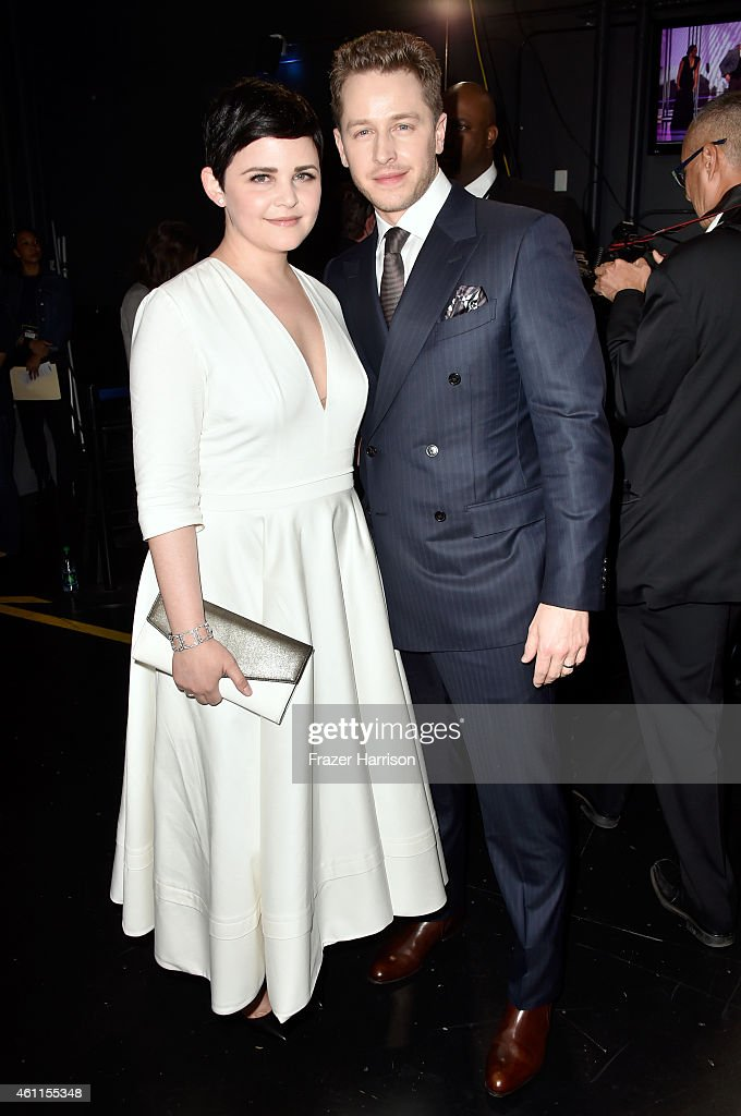 Actors Ginnifer Goodwin (L) and Josh Dallas attend The 41st Annual People's Choice Awards at Nokia Theatre LA Live on January 7, 2015 in Los Angeles, California.