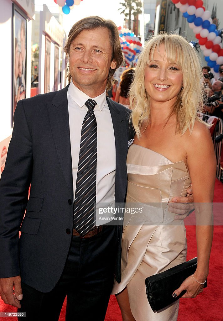 "Premiere Of Warner Bros. Pictures' ""The Campaign"" - Red Carpet"