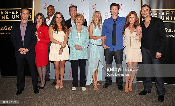 Actors Greg Rikaart Kate Linder Redaric Williams Melissa Claire Egan and Peter Bergman 'The Young and the Restless' cocreator Lee Phillip Bell and...