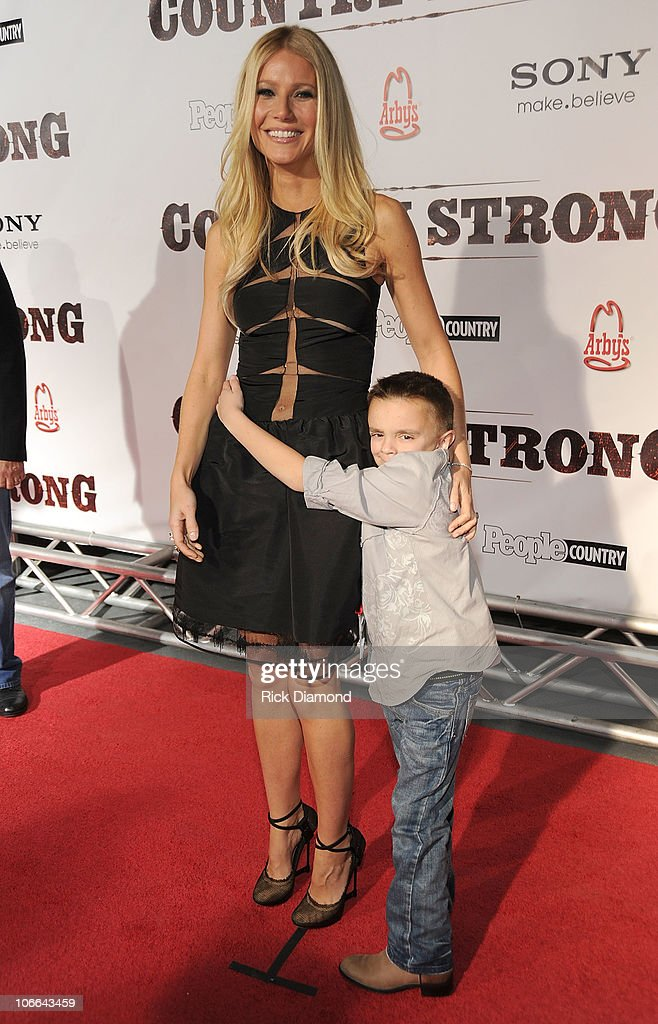 Actors <a gi-track='captionPersonalityLinkClicked' href=/galleries/search?phrase=Gwyneth+Paltrow&family=editorial&specificpeople=171431 ng-click='$event.stopPropagation()'>Gwyneth Paltrow</a> and Gabe Sipos attend the 'Country Strong' Premiere at Regal Green Hills on November 8, 2010 in Nashville, Tennessee.