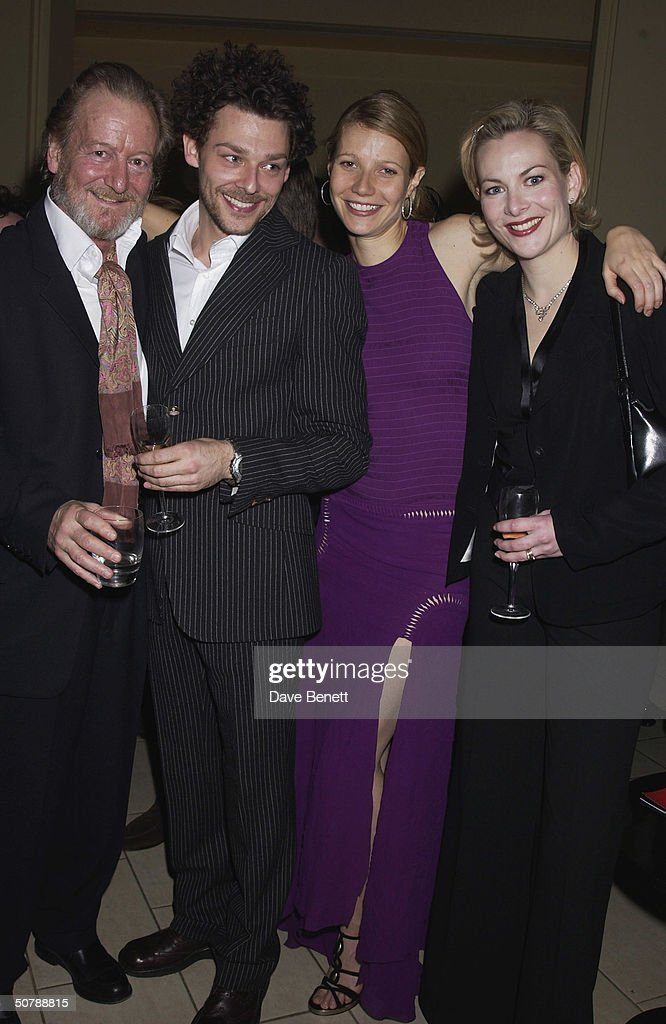 Actors, Gwyneth Paltrow, Richard Coyle, Ronald Pickup and Sara Stewart at the opening night party for the play 'Proof' held at No 1 Aldwych on 15th May 2002, in London. (Photo by Dave Benett/Getty Images).