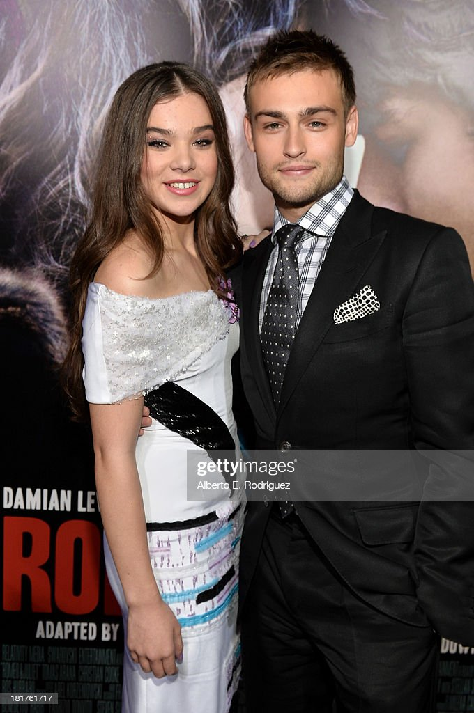 Actors <a gi-track='captionPersonalityLinkClicked' href=/galleries/search?phrase=Hailee+Steinfeld&family=editorial&specificpeople=7223409 ng-click='$event.stopPropagation()'>Hailee Steinfeld</a> and <a gi-track='captionPersonalityLinkClicked' href=/galleries/search?phrase=Douglas+Booth&family=editorial&specificpeople=6324411 ng-click='$event.stopPropagation()'>Douglas Booth</a> arrive at the premiere of Relativity Media's 'Romeo & Juliet' at ArcLight Hollywood on September 24, 2013 in Hollywood, California.