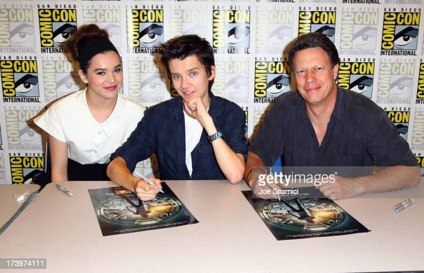 Actors Hailee Steinfeld Asa Butterfield and director Gavin Hood speak onstage at the 'Ender's Game' press conference during ComicCon International...