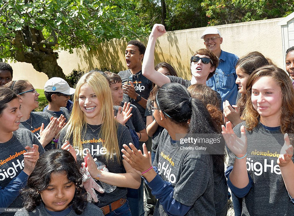 Actors Halston Sage, Chris O'Neal and Noah Crawford from Nickelodeon's 'How to Rock' volunteer with students for a Big Help environmental project at New Horizon Elementary & Middle School on April 30, 2012 in Pasadena, California.
