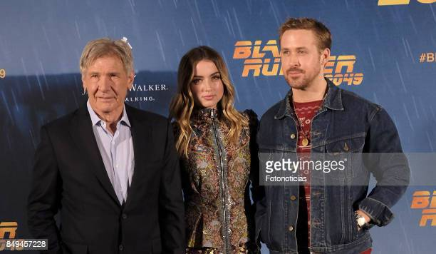 Actors Harrison Ford Ana de Armas and Ryan Gosling attend a photocall for 'Blade Runner 2049' at the Villa Magna Hotel on September 19 2017 in Madrid...