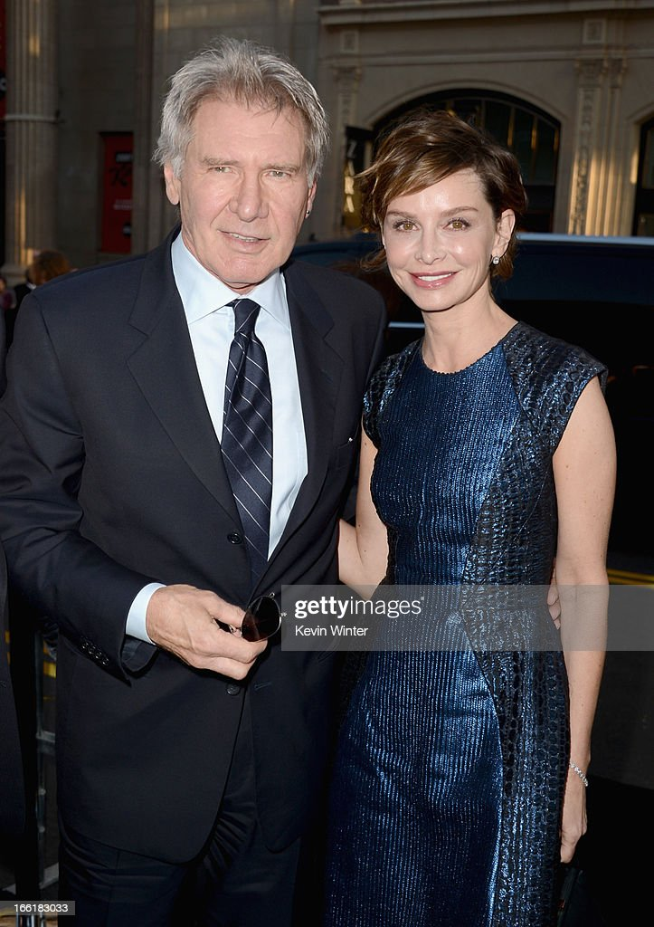 Actors <a gi-track='captionPersonalityLinkClicked' href=/galleries/search?phrase=Harrison+Ford+-+Actor+-+Born+1942&family=editorial&specificpeople=11508906 ng-click='$event.stopPropagation()'>Harrison Ford</a> and <a gi-track='captionPersonalityLinkClicked' href=/galleries/search?phrase=Calista+Flockhart&family=editorial&specificpeople=204604 ng-click='$event.stopPropagation()'>Calista Flockhart</a> attend the Los Angeles Premiere of Warner Bros. Pictures' and Legendary Pictures' '42' at TCL Chinese Theatre on April 9, 2013 in Hollywood, California.