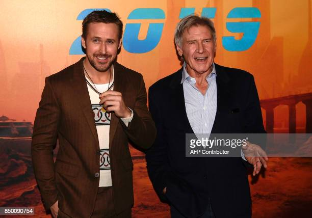 US actors Harrison Ford and Ryan Gosling pose during a photocall for the film 'Blade Runner 2049' in Paris on September 20 2017 / AFP PHOTO /...
