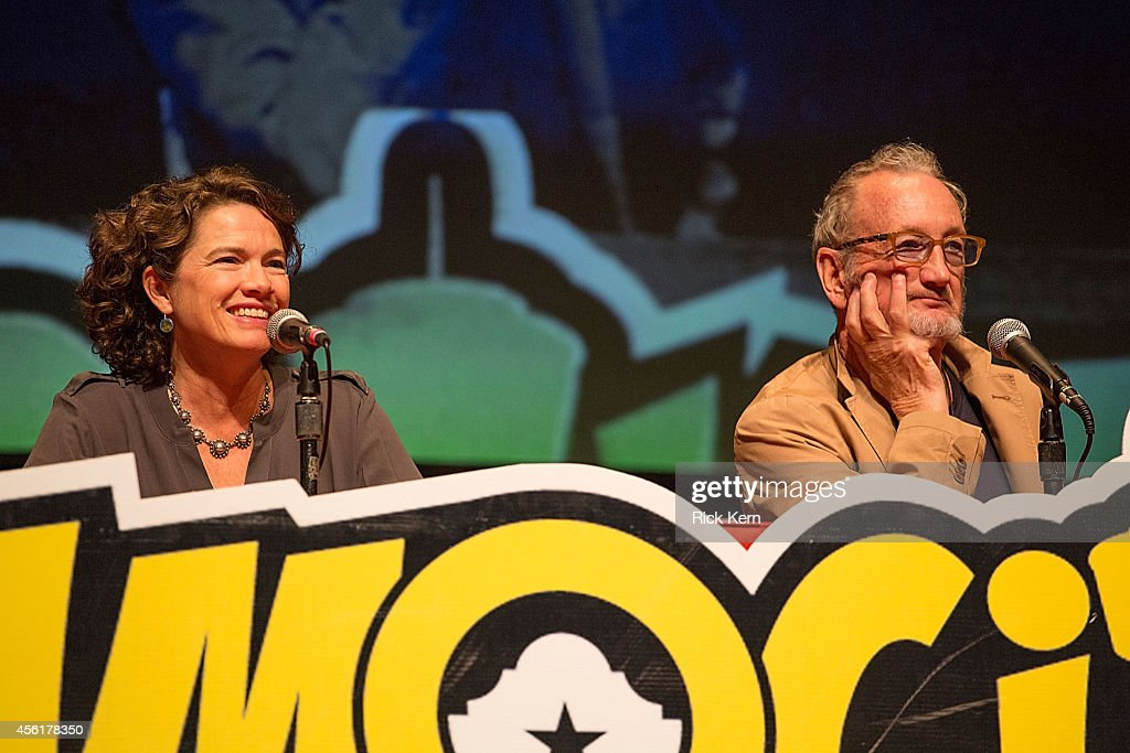 Actors Heather Langenkamp and Robert Englund attend day one of the Alamo City Comic Con at the Henry B Gonzalez Convention Center on September 26...