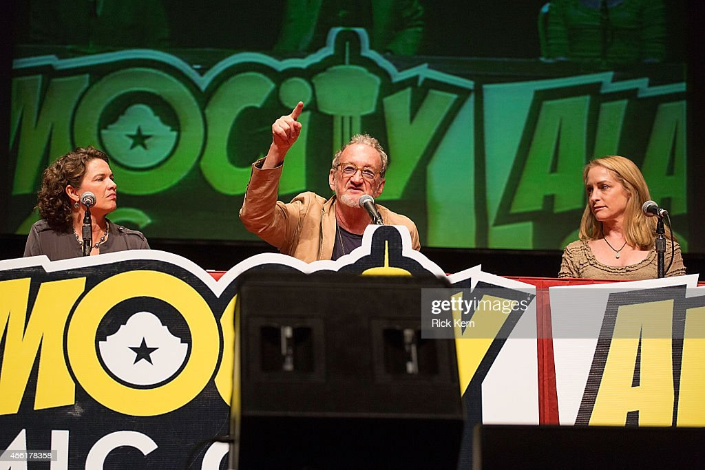 Actors Heather Langenkamp Robert Englund and Amanda Wyss attend day one of the Alamo City Comic Con at the Henry B Gonzalez Convention Center on...