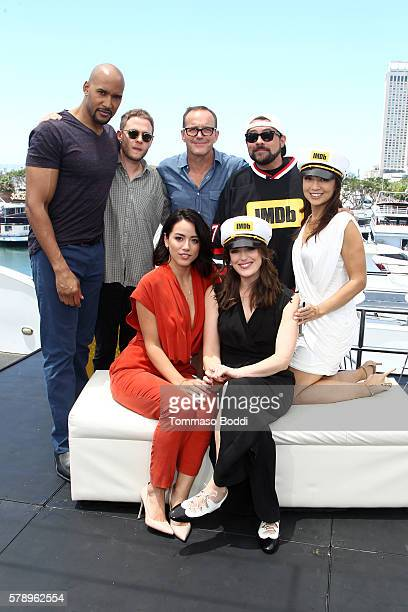 Actors Henry Simmons Iain De Caestecker Clark Gregg host Kevin Smith MingNa Wen Chloe Bennet and Elizabeth Henstridge of Agents of SHIELD attend the...