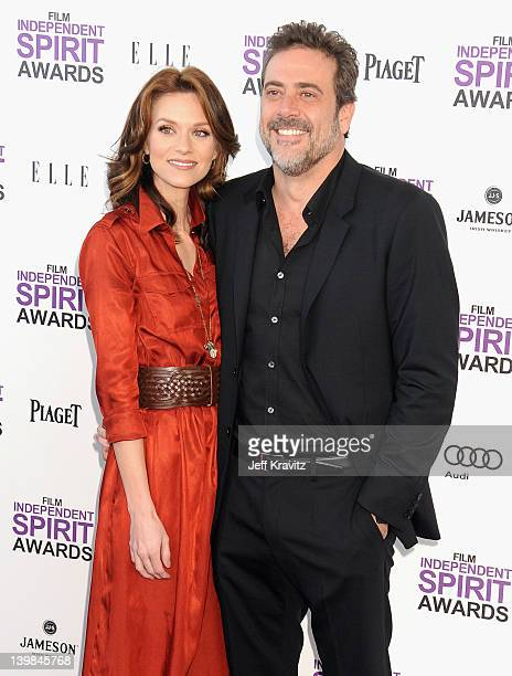 Actors Hilarie Burton and Jeffrey Dean Morgan arrive at the 2012 Film Independent Spirit Awards on February 25 2012 at Santa Monica Pier in Santa...