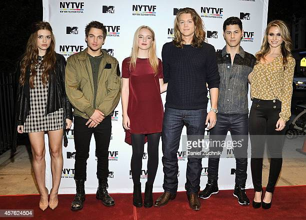 Actors Holland Roden Dylan Sprayberry Anna Jacoby Heron Alex Saxon Michael Willett and Rita Volk attend the New York Television Festival panel...