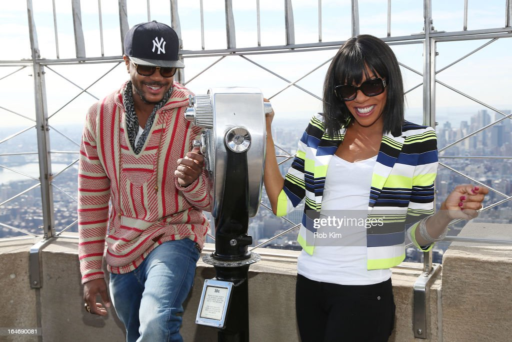 Wendy Raquel Robinson And Hosea Chanchez Visit The Empire State Building