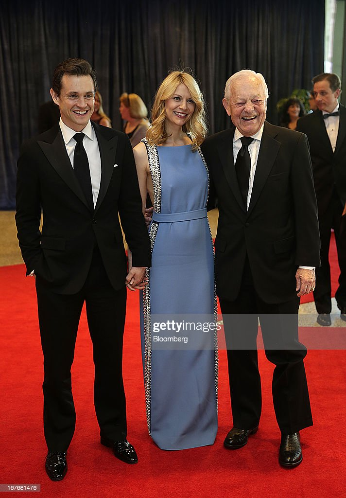 Actors Hugh Dancy, from left, Claire Danes, and television journalist Bob Schieffer arrive for the White House Correspondents' Association (WHCA) dinner in Washington, D.C., U.S., on Saturday, April 27, 2013. The 99th annual dinner raises money for WHCA scholarships and honors the recipients of the organization's journalism awards. Photographer: Scott Eells/Bloomberg via Getty Images