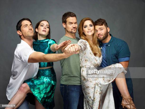 Actors Iddo Goldberg Elise Eberle Shane West Janet Montgomery Shane West and Seth Gabel from 'Salem' are photographed for Entertainment Weekly...