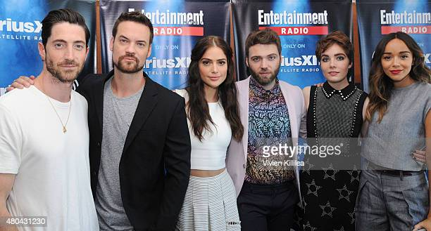 Actors Iddo Goldberg Shane West Janet Montgomery Seth Gabel Elise Eberle and Ashley Madekwe attend SiriusXM's Entertainment Weekly Radio Channel...