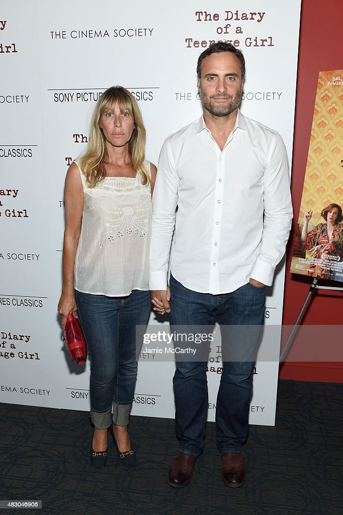 Actors Ilana Levine (L) and Dominic Fumusa attend the screening of Sony Pictures Classics 'The Diary Of A Teenage Girl' hosted by The Cinema Society at Landmark Sunshine Cinema on August 5, 2015 in New York City.