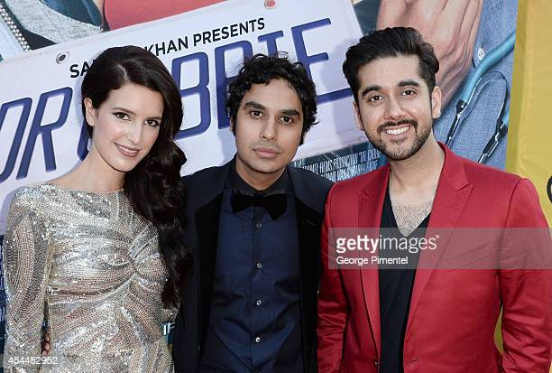 Actors Isabel Kaif Kunal Nayyar and Vinay Virmani arrive at Canadian the Premiere of 'Dr Cabbie' held at Scotiabank Theatre on August 31 2014 in...
