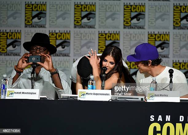 Actors Isaiah Washington and Ricky Whittle actress Marie Avgeropoulos and actor Bob Morley attend a special video presentation and panel for 'The...