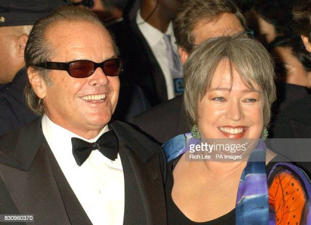Actors Jack Nicholson and Kathy Bates arrive for the film premiere of 'About Schmidt' during the opening of the 40th New York Film Festival at the...