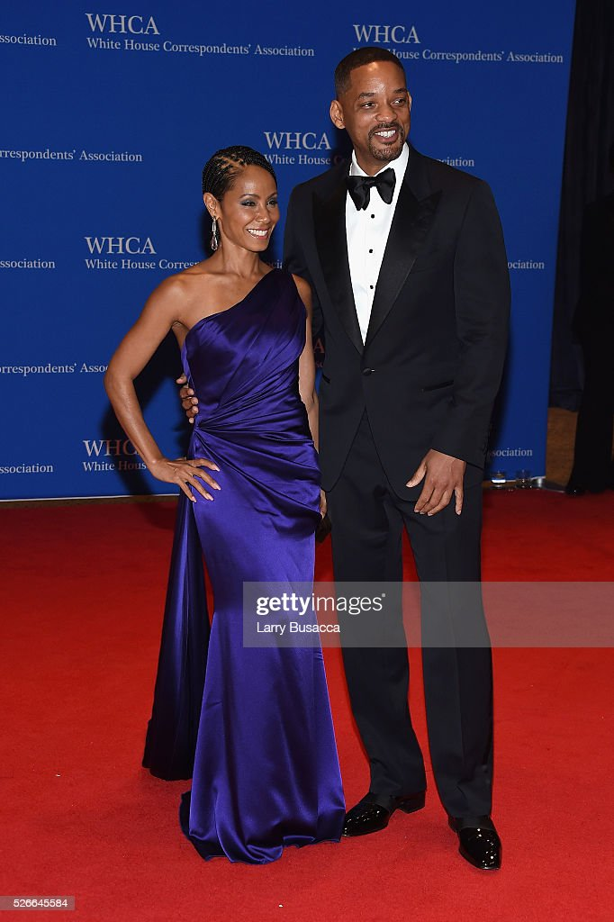 Actors Jada Pinkett Smith (L) and Will Smith attend the 102nd White House Correspondents' Association Dinner on April 30, 2016 in Washington, DC.
