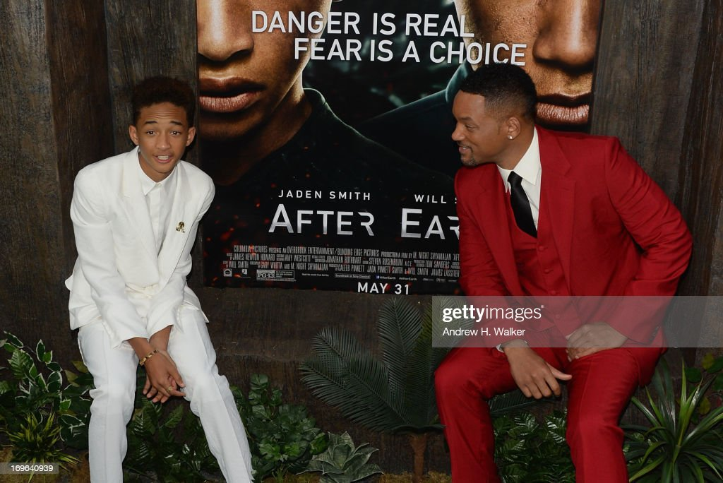 Actors <a gi-track='captionPersonalityLinkClicked' href=/galleries/search?phrase=Jaden+Smith&family=editorial&specificpeople=709174 ng-click='$event.stopPropagation()'>Jaden Smith</a> and <a gi-track='captionPersonalityLinkClicked' href=/galleries/search?phrase=Will+Smith+-+Actor+-+Born+1968&family=editorial&specificpeople=156403 ng-click='$event.stopPropagation()'>Will Smith</a> attend the 'After Earth' premiere at Ziegfeld Theater on May 29, 2013 in New York City.