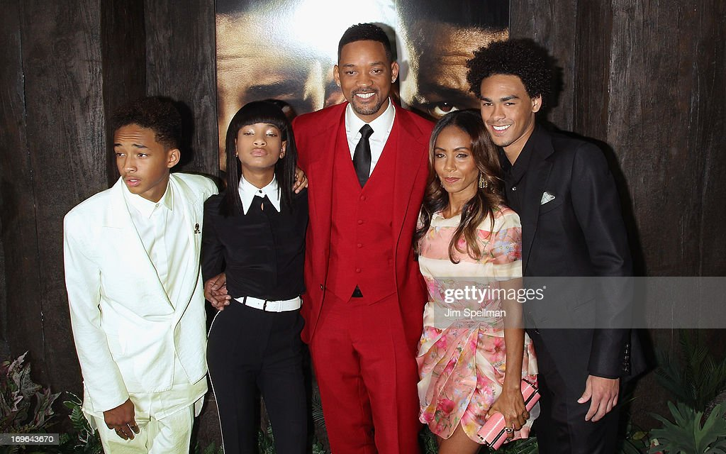 Actors Jaden Smith, Willow Smith, Will Smith, Jada Pinkett Smith and Trey Smith attend the 'After Earth' premiere at the Ziegfeld Theater on May 29, 2013 in New York City.
